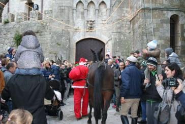 Il Natale illumina Montepulciano. Ed è subito un successo