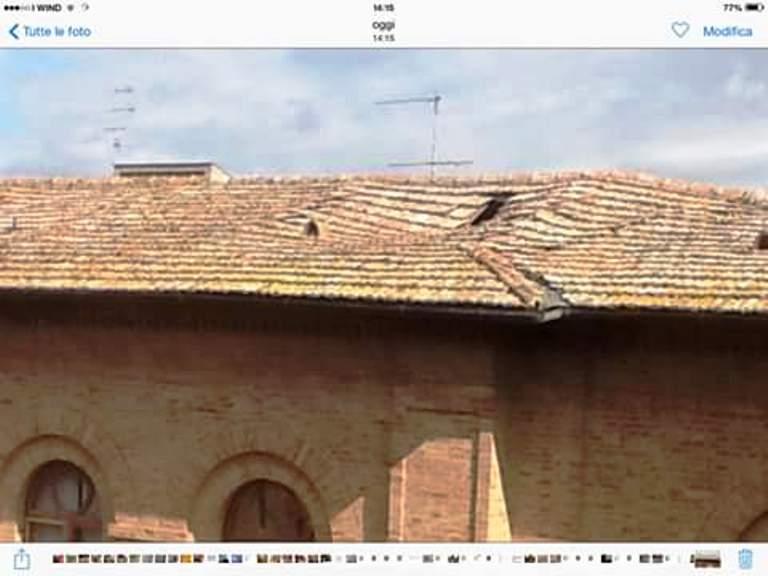 Palazzo Grisaldi del Taja ha il tetto sfondato: interrogazione di Buonconvento per Papini