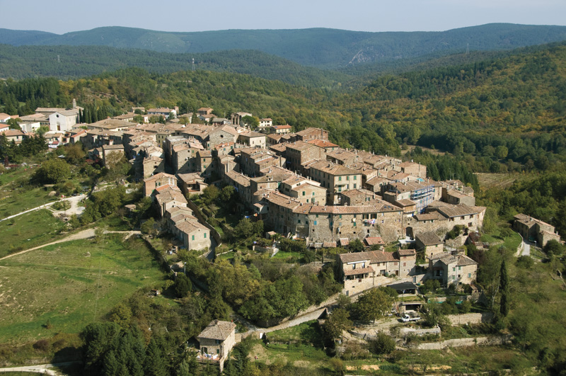 Monticiano, lavori di manutenzione  in località San Lorenzo a Merse