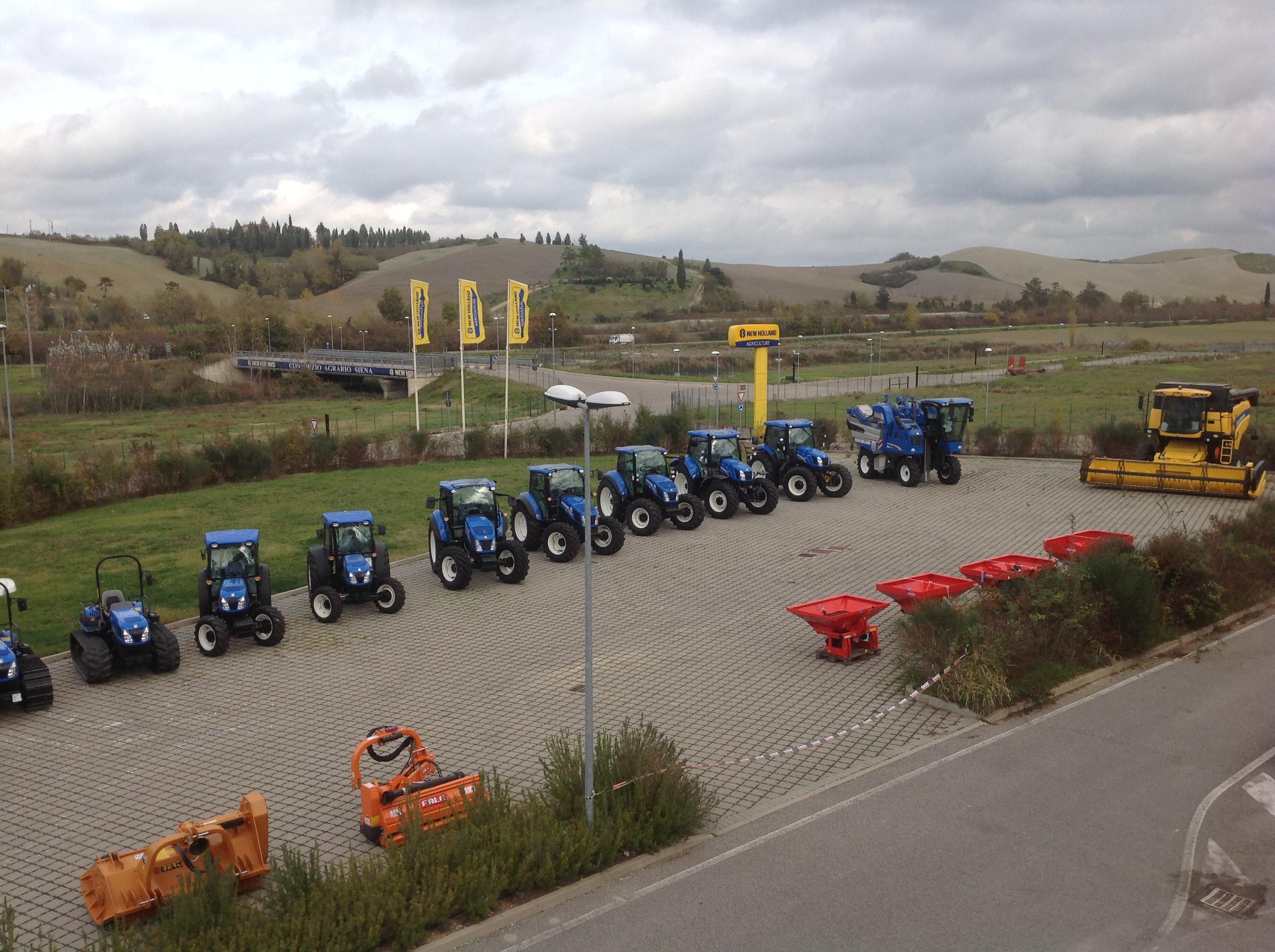 Consorzio agrario trattori in mostra a casetta il for Consorzio agrario piacenza trattori usati