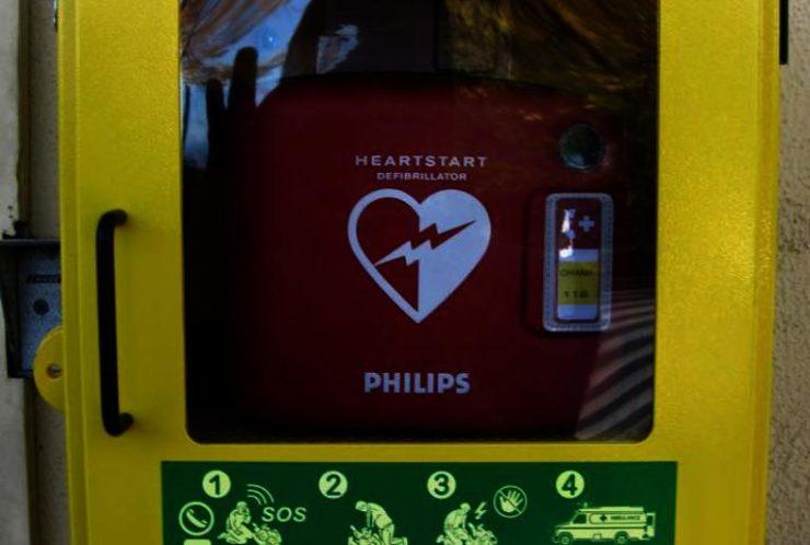Defibrillatori: al via il censimento tramite mail