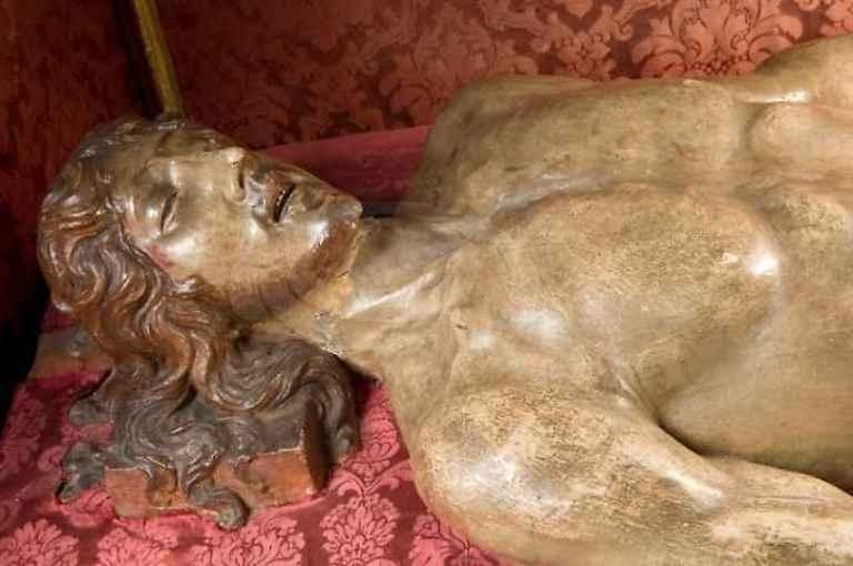 """Tombola d'arte del Fai per restaurare il """"Cristo deposto"""" di Francesco di Giorgio"""