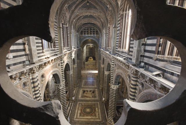 """Livia Mazzanti all'organo della Cattedrale chiude il Festival """"For Organs"""""""