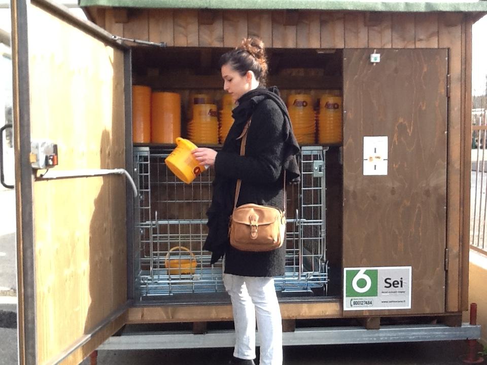 Nuovo punto di raccolta dell olio alimentare esausto in provincia di Siena.  Prosegue l attività di installazione di nuovi punti di raccolta sul  territorio 864216097a12