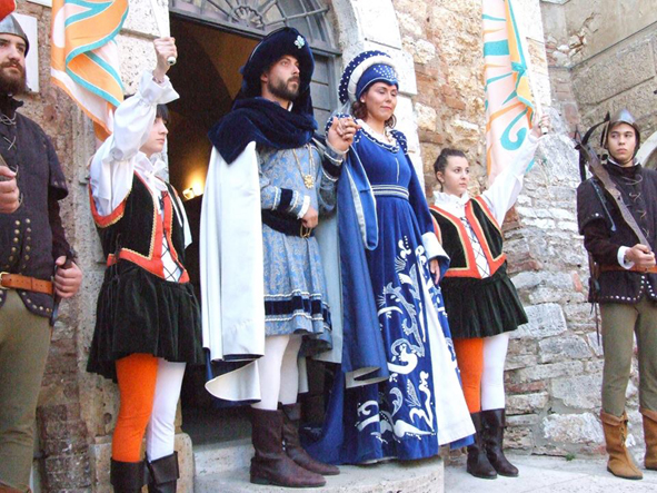 Serremaggio: viaggio al tempo del Medioevo. Il borgo celebra Ciambragina
