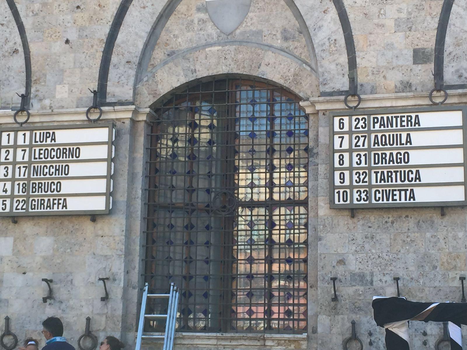 Palio Siena: contrada Pantera vince prova generale