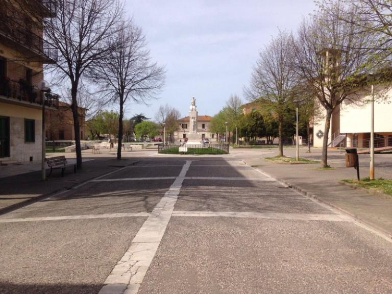 piazza a Monteroni d'Arbia