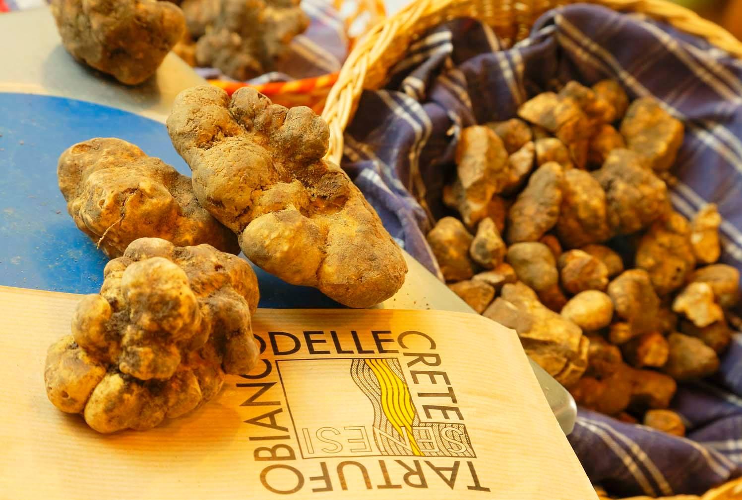 Dicembre Focus Sulla Via Lauretana Con Il Presidente Del  #BF890C 1496 1010 Veneta Cucine A Siena