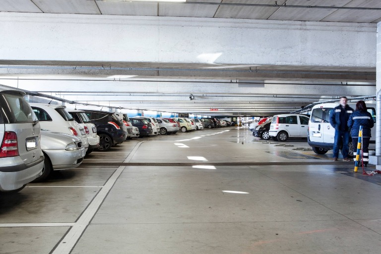 interno-parcheggio-d