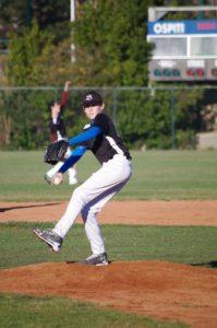 Alessandro Persico Under 15 a lanciare 199x300 Baseball: U12 in campo a Castellina Scalo