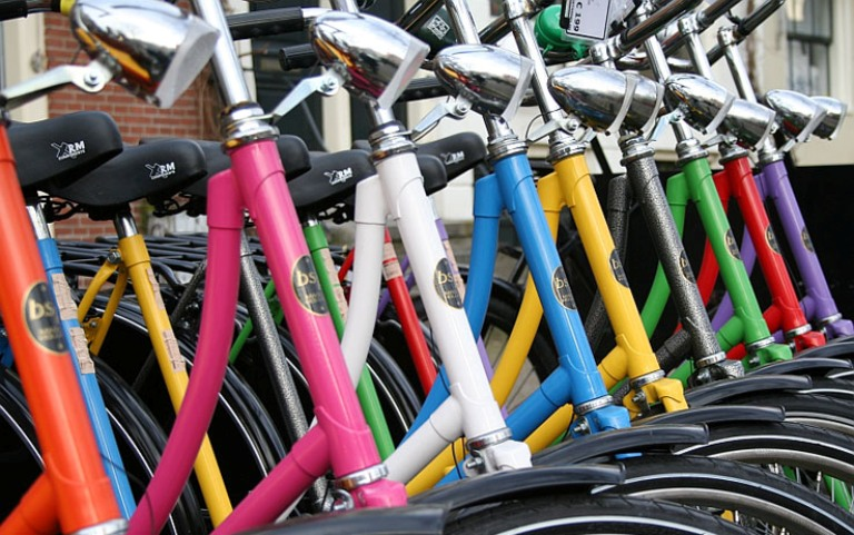 Al lavoro in bici o bus. Consiglio di Confindustria TS e Regione