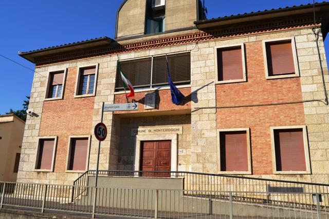 Monteriggioni: nuovi strumenti urbanistici per sanare il passato