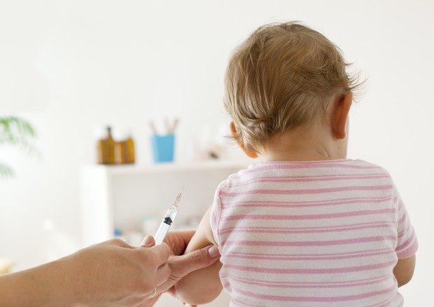 """Il """"No"""" dei pediatri al depotenziamento dell'obbligo vaccinale"""