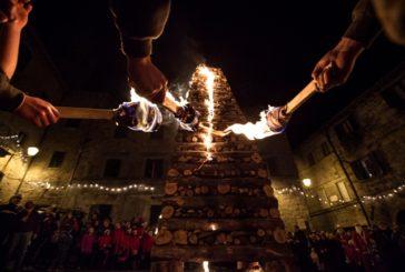 Il Natale della tradizione: la Città delle Fiaccole si prepara