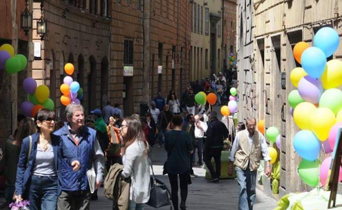 I commercianti di via Montanini presentano la festa