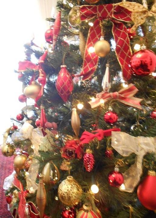 Immagini Natale Vittoriano.Albero Di Natale Vittoriano Campobassopellicce
