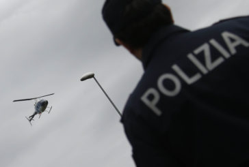 La Polizia becca negli Orti dei Tolomei due 15enni con marijuana