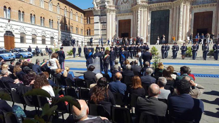 Celebrato a Siena il 166° anniversario di fondazione della Polizia ...