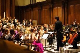 La Cambridge University orchestra in Piazza Grande
