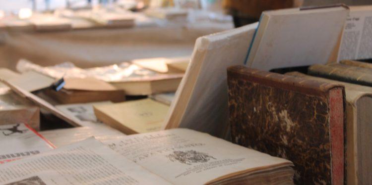 Torrita Di Siena. Si Terrà A Torrita Di Siena Una Scuola Estiva 2018 Di  Approfondimento Su U201cAntiquariato E Collezionismo Librario: Storia E Metodo.