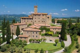 La scultura si abbina al vino al Castello Banfi