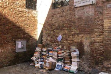 "Libri ""orfani"" al macero. Nessuno li vuole"