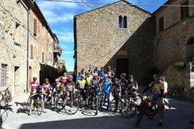 In treno e in bici da Arezzo a Sinalunga… con gli amici della Chianina