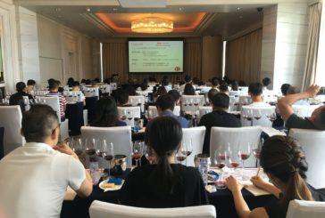 Vino: Successo per la prima 'Chianti Academy' in Cina