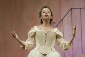 Rapolano: Amanda Sandrelli sul palcoscenico del Teatro del Popolo