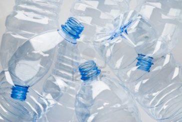 Poggibonsi: basta bottiglie di plastica con 17 fontanelli nelle scuole