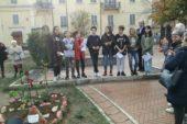 Poggibonsi ricorda le donne vittime di violenza in Piazza Matteotti