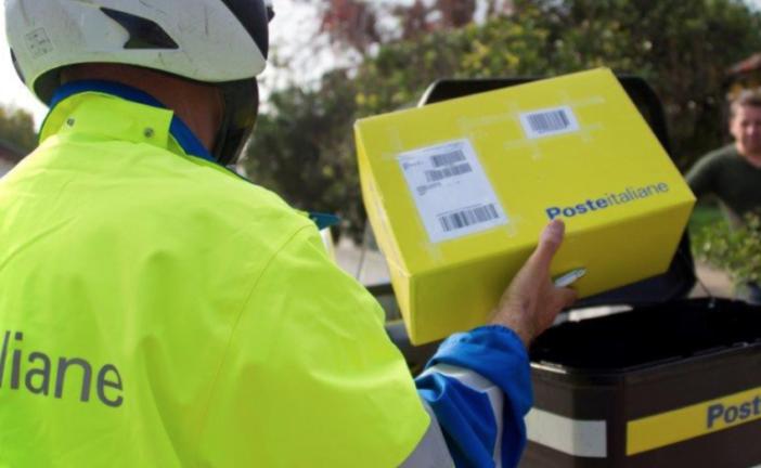Poste esternalizza il servizio trasporti: 210 posti a rischio