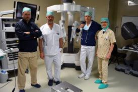 Due tumori asportati in contemporanea con la chirurgia robotica