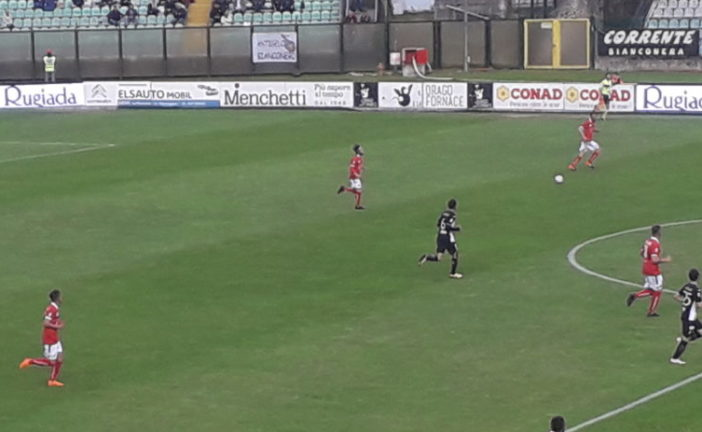 La Robur rovina la festa al Piacenza vincendo 2-0