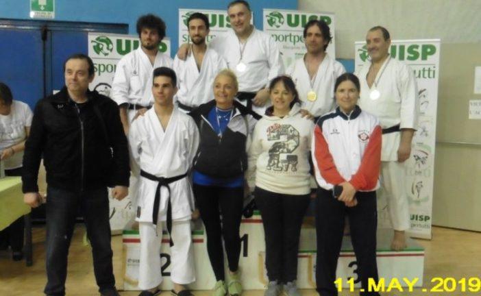 Karate: 19 medaglie per lo Shinank ai nazionali Ado Uisp