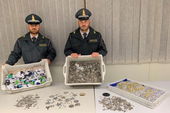 La Guardia di Finanza sequestra 21mila prodotti non sicuri