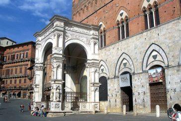 Per l'IBD Day illuminata di viola la cappella di Piazza