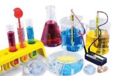 Giochi della chimica: la premiazione dei vincitori nella sala delle Lupe