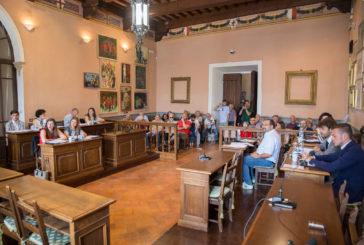 Insediato il Consiglio Comunale di Montepulciano: il sindaco Angiolini ha giurato