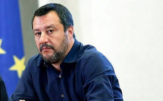 Open Arms, Salvini cede a Conte