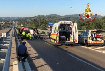 Auto si ribalta sulla Siena-Grosseto: traffico temporaneamente bloccato
