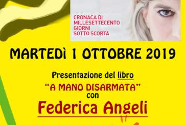 """Federica Angeli presenta il suo libro """"A mano disarmata"""""""