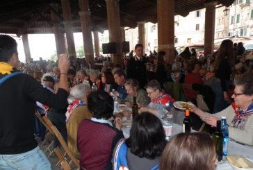 Contrade: pranzo con i nonni al Tartarugone