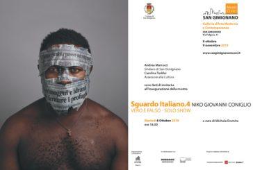 Vero e falso: la mostra di Niko Giovanni Coniglio a San Gimignano
