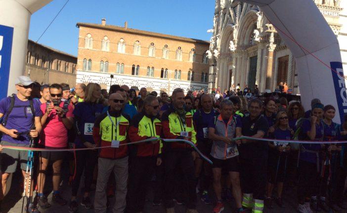 Partita da piazza Duomo la Francigena Ultramarathon