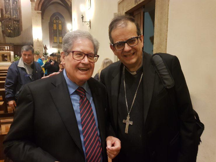Il vescovo Lojudice alla Veglia di pace di Poggibonsi - Il Cittadino on line