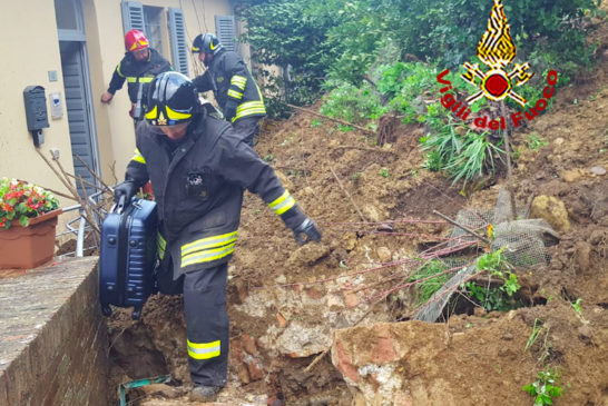 Maltempo: frana in via del Costone. Evacuate 13 persone