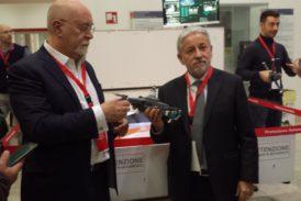 Presentato a Siena l'aeroporto mobile per droni volanti