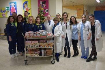 FC Chiusdino calcio femminile porta doni ai piccoli pazienti delle Scotte