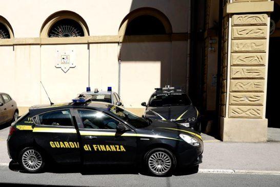 """Badante """"in nero"""" non dichiara oltre 35mila euro"""